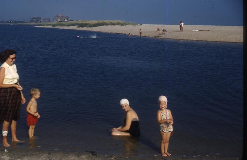 Mom's 90th BD pics 024.jpg