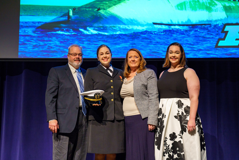 Julie_Martin_NROTC_Commissioning_December_2018-0559.jpg