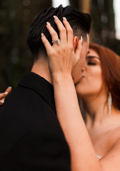 Alexandria Vail Photography Wedgewood Fresno Wedding Alexis   Dezmen649.jpg