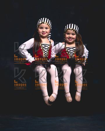 HANNAH & SOPHIA VASQUEZ