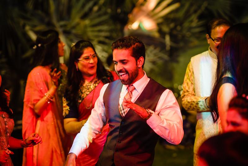 Candid Wedding Photographer Ahmedabad-1-97.jpg