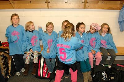 Spartan 8U Girls at the DECC, Nov-20-2010