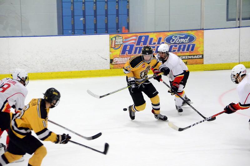 171008 Junior Bruins Hockey-122.JPG