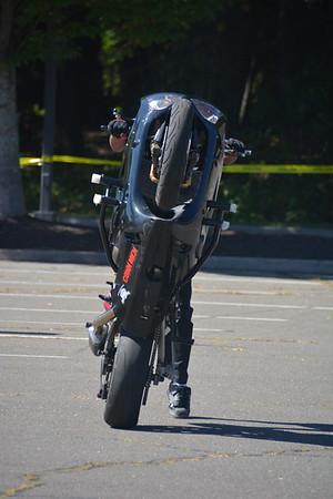 Stunt motorcycle riding at Avon Day 2017