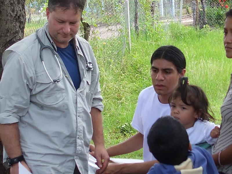 Paz y Reconciliacion Med Brigade (5).JPG