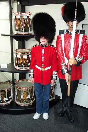 2003-08-17 Trafalgar Square & Gaurds Museum
