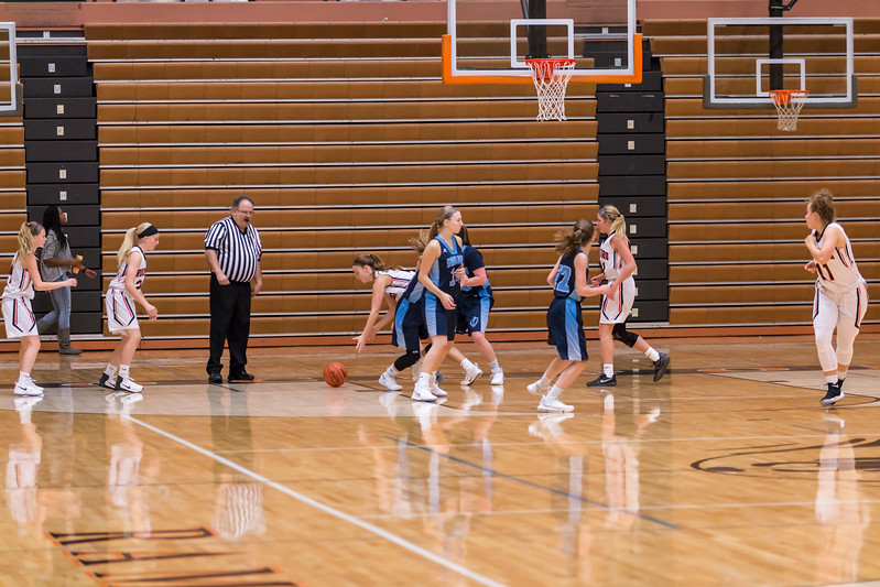 Rockford JV basketball vs Mona Shores 12.12.17-94.jpg