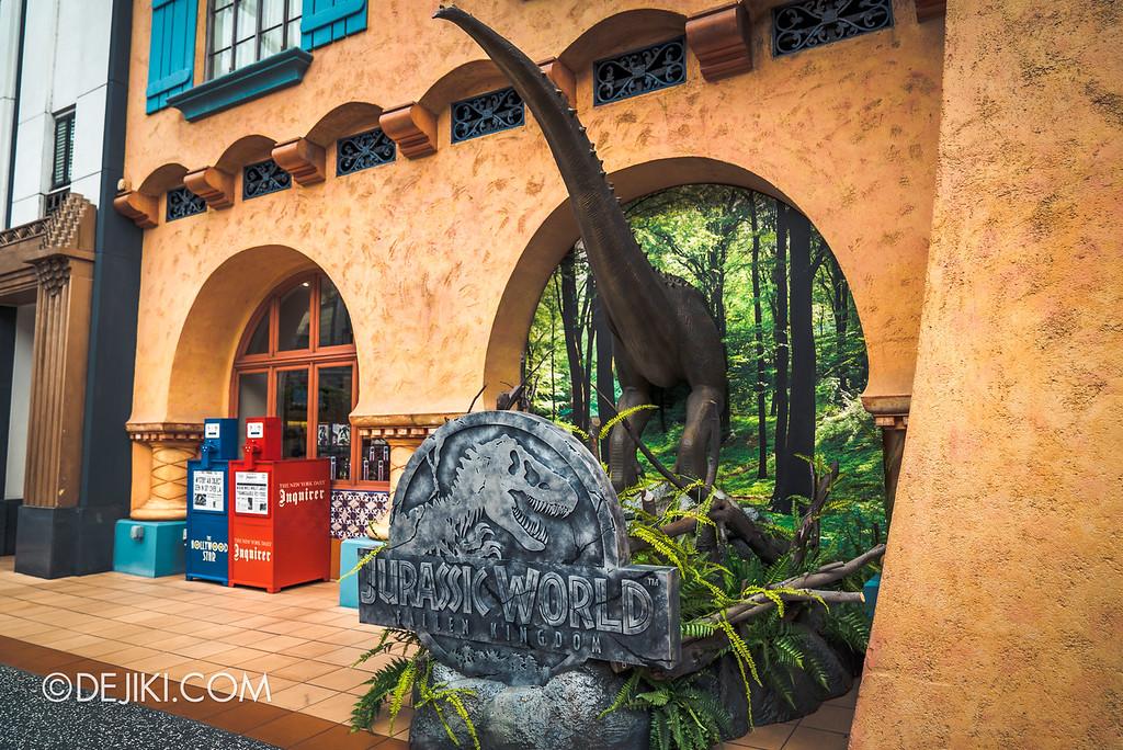 Universal Studios Singapore Park Update - Jurassic World Explore and Roar event - Jurassic World park decor / Silver Screen store window