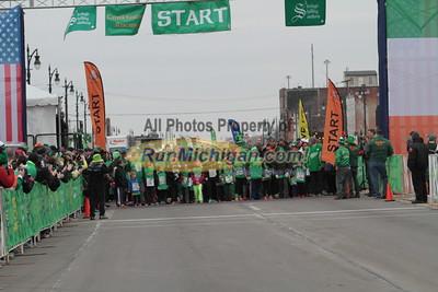 Kids Run Start - 2015 St. Patrick's Parade Corktown Races