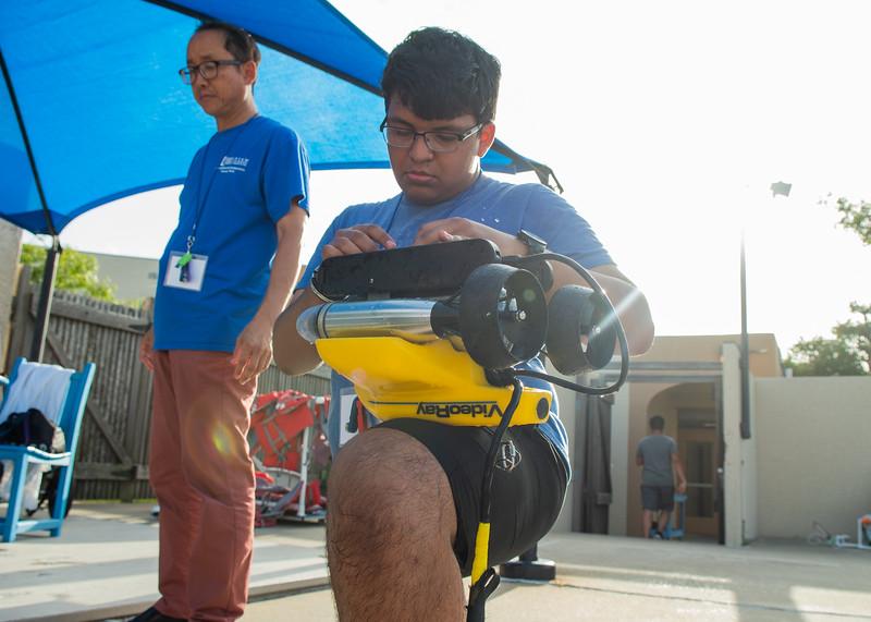 2018_0629_UnderwaterRoboticsCamp-CampusPool-1263.jpg