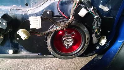 1994 Mazda RX7 Touring Front Door Speaker Installation - USA