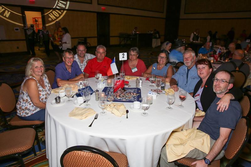 Banquet Tables 185642.jpg