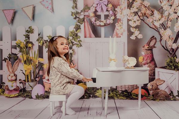 Eveline, Violeta si Sorin - Sedinta Foto de Paste