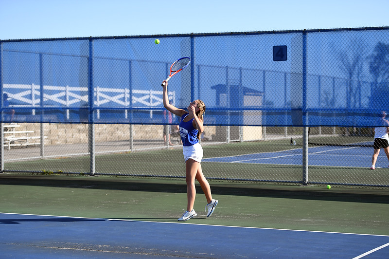 girls_tennis_3914.jpg