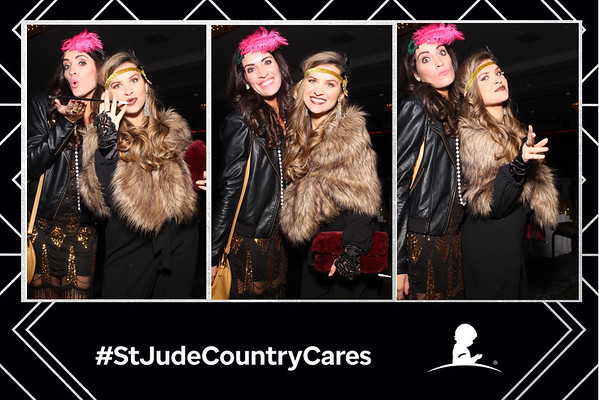 St. Jude Country Cares 2020 - Magic Mirror Booth