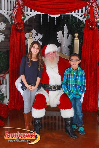 Santa 12-10-16-367.jpg