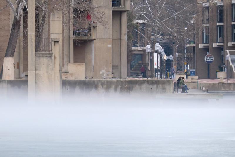20160221 004 foggy lake as ice melts - export.JPG