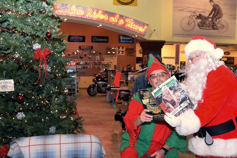 2014 Santa Visits J&P Cycles Florida Superstore (60).JPG