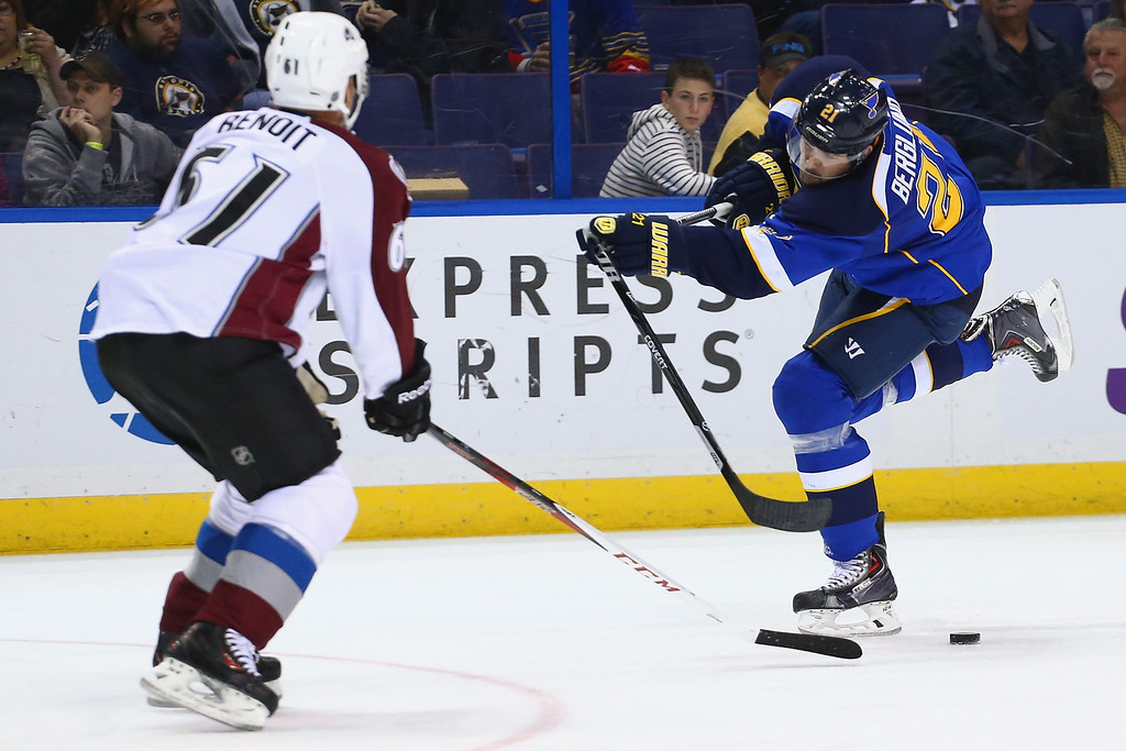 . ST. LOUIS, MO - NOVEMBER 14:  Patrik Berglund #21 of the St. Louis Blues breaks his stick while taking a shot on goal against the Colorado Avalanche at the Scottrade Center on November 14, 2013 in St. Louis, Missouri.  The Blues beat the Avalanche 7-3.  (Photo by Dilip Vishwanat/Getty Images)