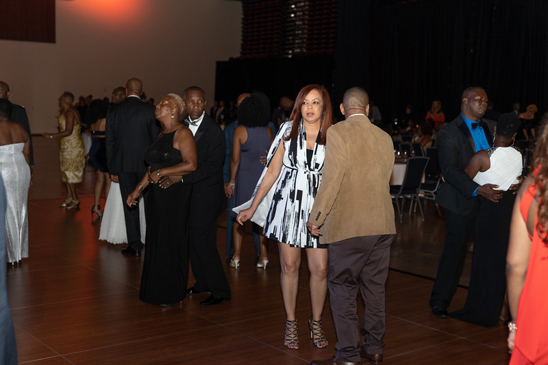 CC_Dinner_dance2019_inside2-5.jpg