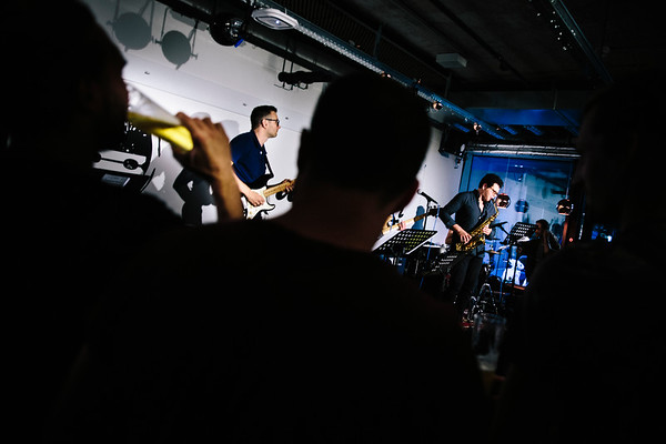 Soundbender_Washbar_show