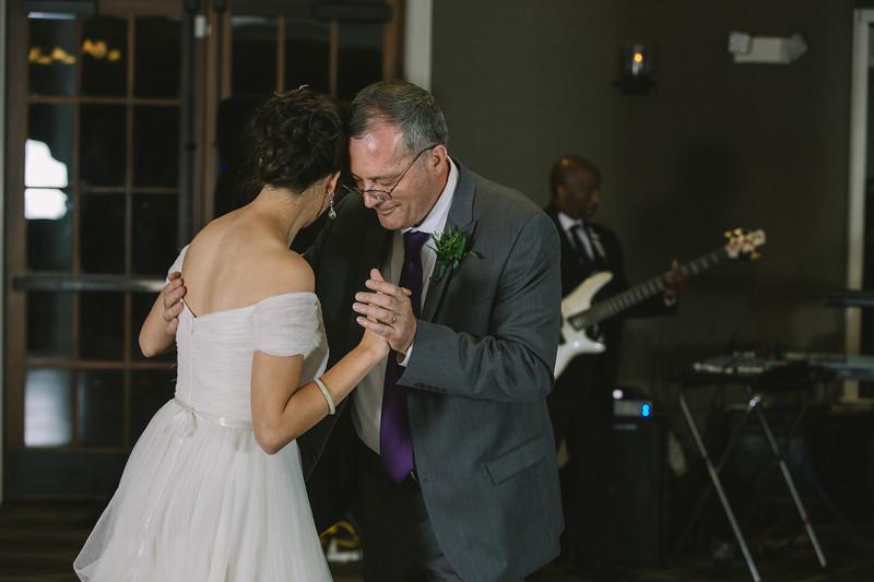 MP_18.06.09_Amanda + Morrison Wedding Photos-2931.jpg