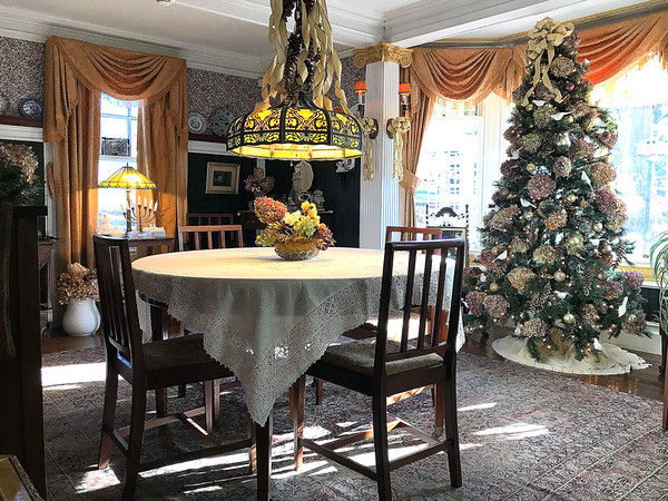 11/30/2019 Mike Orazzi | Staff Christmas at The Barnes Museum in Southington on Saturday morning.