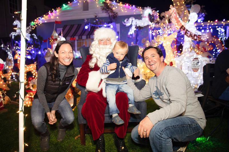 12-08-19-Christmas With Chris & Family-36.jpg