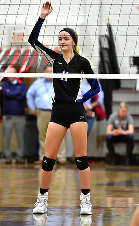 10/30/2019 Mike Orazzi | StaffnBristol Eastern's Ryley Plourde (11) during Wednesday night's volleyball match with Bristol Central.