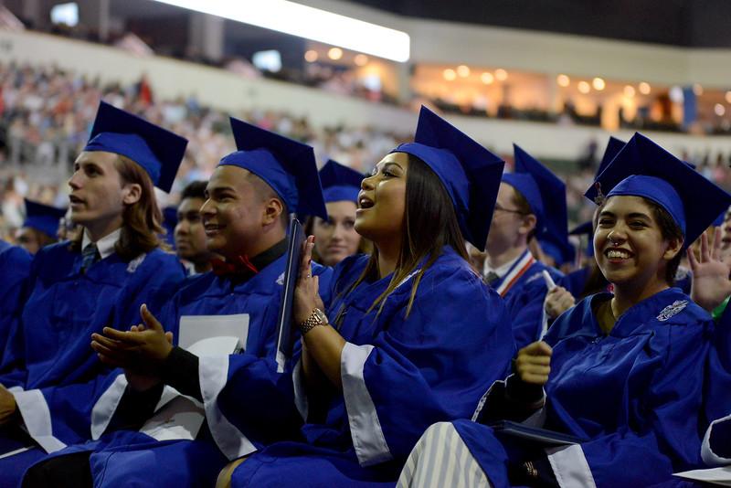 LHS-Graduation_025.jpg