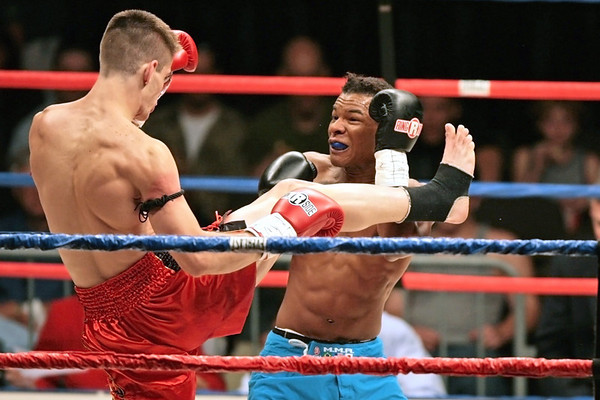 Ryan Lee vs. Ray Cole