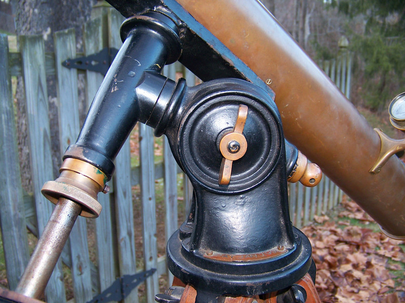 This mount has a Dec. housing that has an arc to it. I have witnessed some that are straight. Interesting! Notice the brass plate beneath the large polar adjustment wing nut near the base of the mount.
