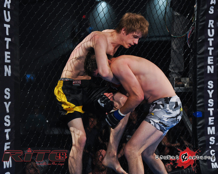 2011 - 06-03 - RITC-43-B02_Brent-Harvie_Sandy-Bagg_combatcaptured-0008.jpg