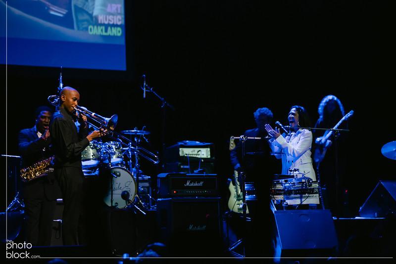 20140208_20140208_Elevate-Oakland-1st-Benefit-Concert-614_Edit_pb.JPG
