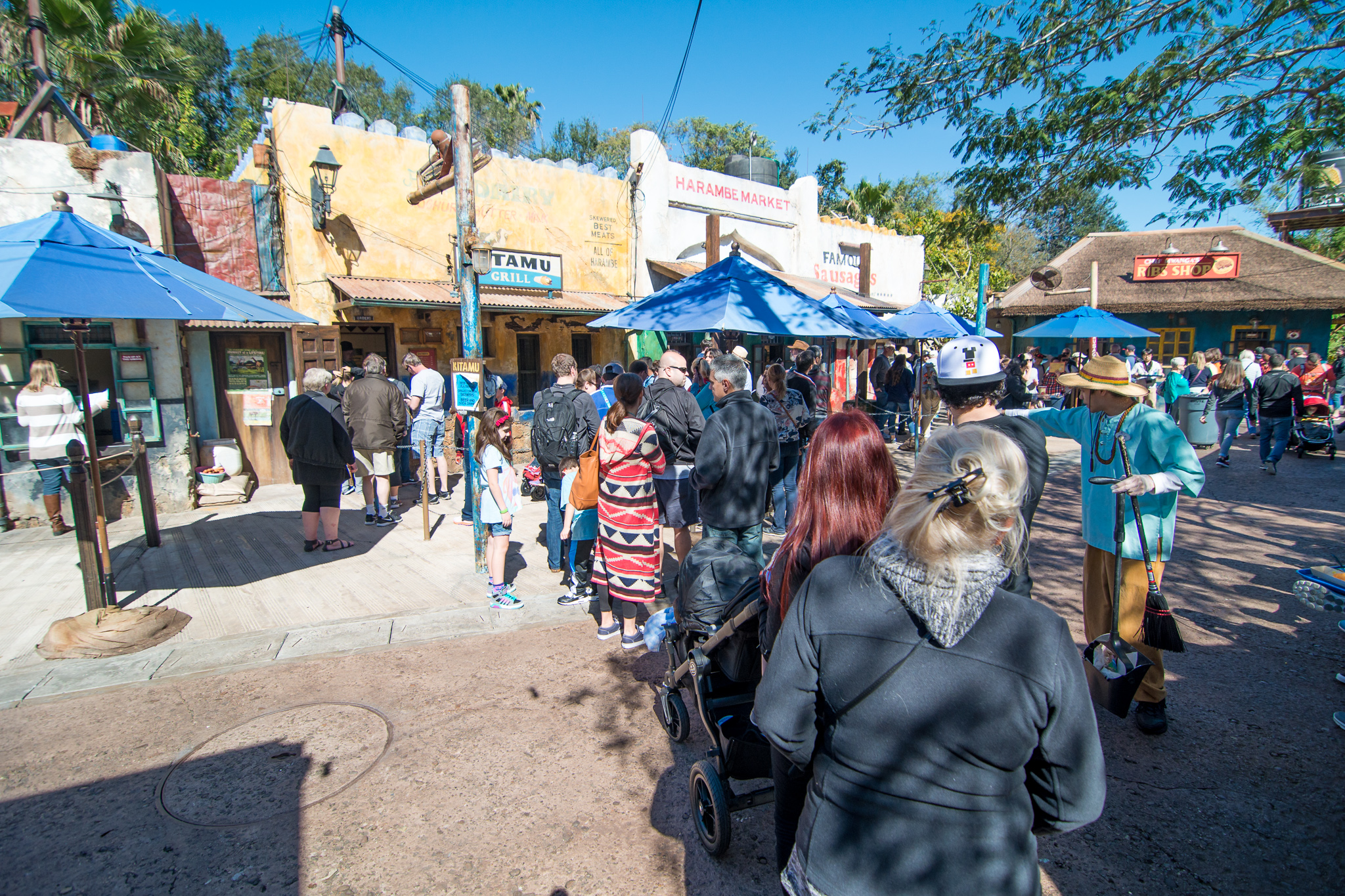 Long lunch lines at Harambe Market