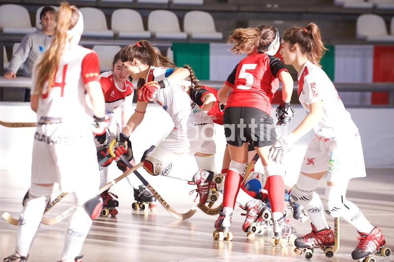 18-12-15_1-PinkRevolution-GijonHC11
