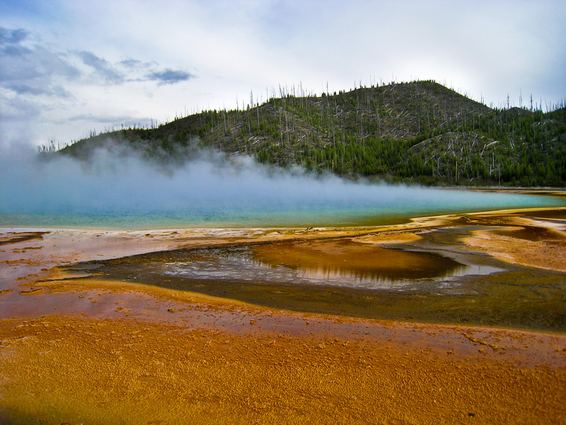 Grand Prismatic Pool at Midway Geyser Basin