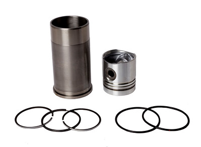 CASE ENGINE PISTON LINER KIT WITH RINGS 3218915R95