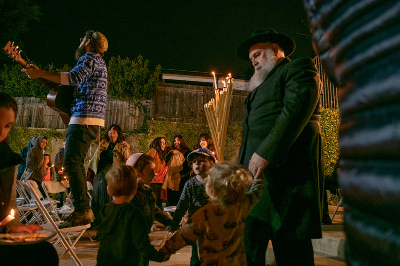 Brentwood Chabad -Chanukah901.jpg