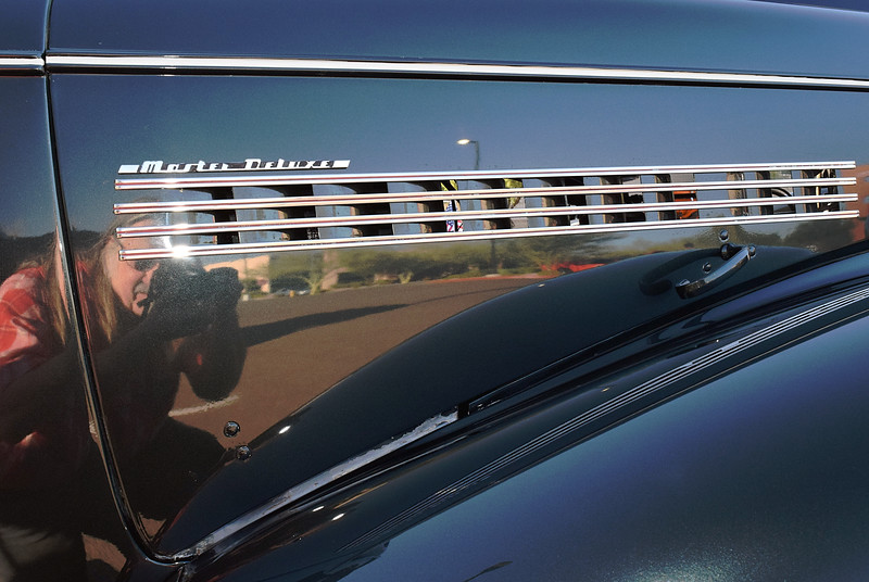 Chevrolet 1939 Master Deluxe Business Coupe hood side.JPG