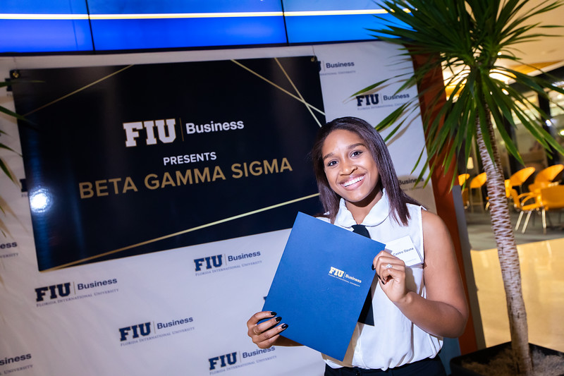 FIU Beta Gamma Sigma Ceremony 2019-148.jpg