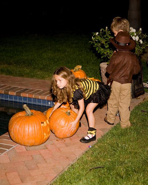 Halloween at Mels - 136.jpg
