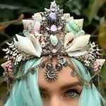 78b0bce377621340ffe9918d21332e63--seashell-crown-seashell-art.jpg