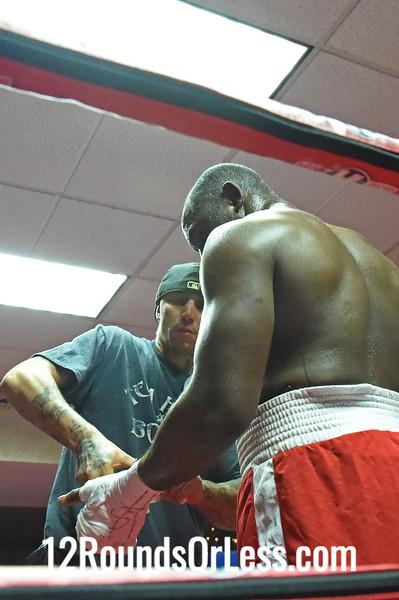 Bout 2 Ed Latimore, Pittsburgh, PA -vs- Rubin Williams, Detroit, MI, Heavyweight