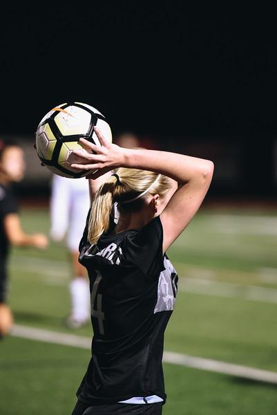 SoccerGirlsVarsity_Jan18_ElainaEich0023.jpg