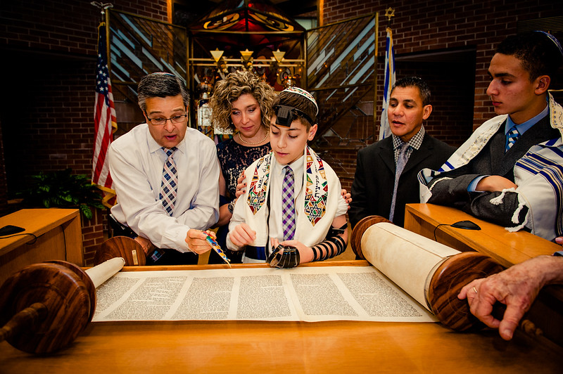 Best-Pittsburgh-Bar-Mitzvah-Photography10044.jpg