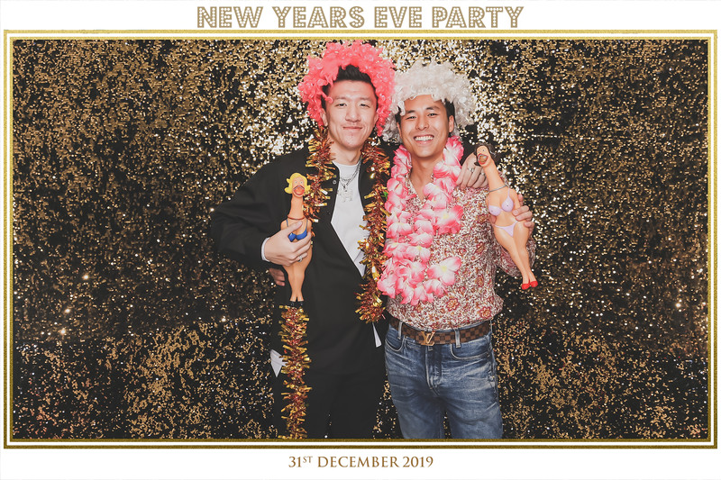 New Year Eve Party 2019   © www.SRSLYPhotobooth.sg