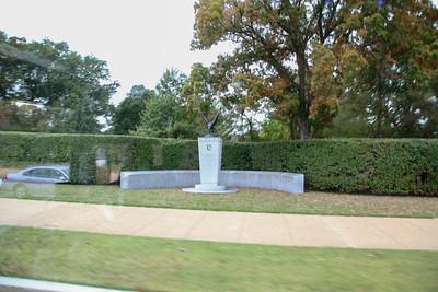 F60-FD-The Womens Memorial