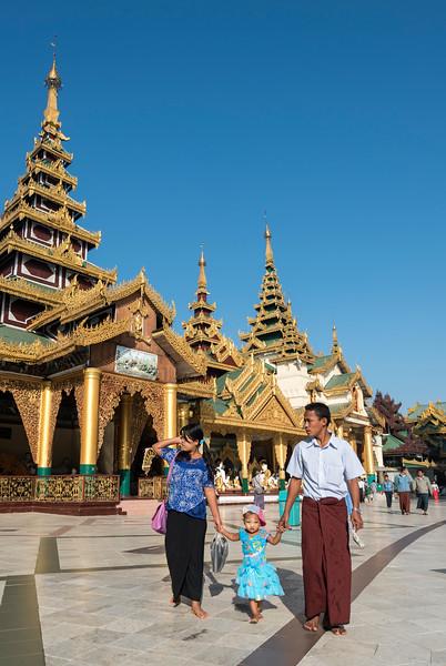 Family visits Shwedagon Pagoda, Yangon (Rangoon), Myanmar (Burma)