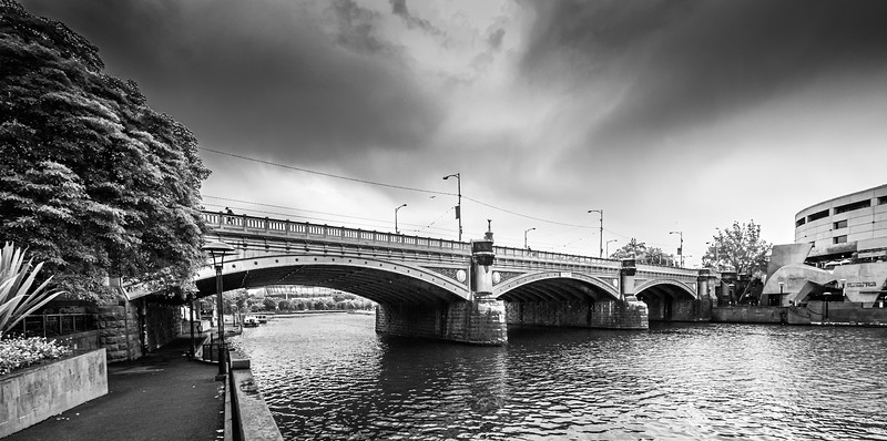 2000-Princes Bridge.jpg